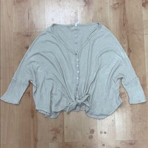 Thermal Knit Slouch, Vneck, Button-front Top LARGE